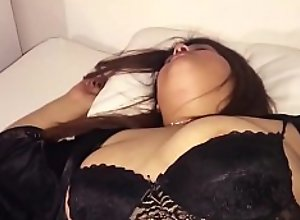 I TRIED TO FUCK MY DRUNK AND SLEEPING STEPMOM !