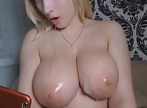 Teen With Huge Natural Boobs Doing a Sloppy..