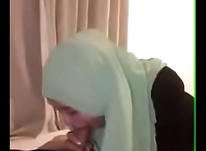skandal cikgu melayu berjubah bertudung litup (full vid) Malaysia