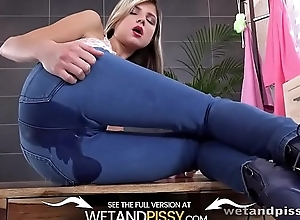 Wetandpissy - Gina Gerson - HD Pissing