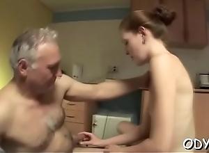 Amateur hottie lets an venerable dude penetrate..