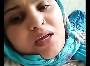 Video Solicitation From Indian Aunty to Illegal Boyfriend #1