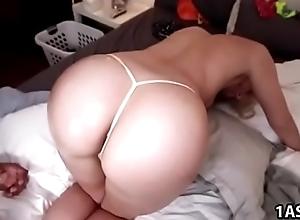 Big ass Anikka Albrite
