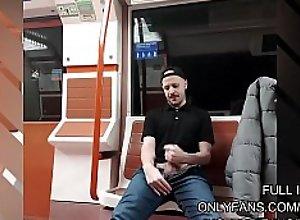 Me pajeo en el metro