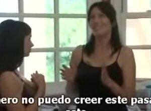 follando con mi tia y madre sub español