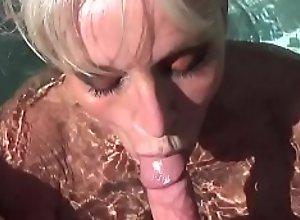 POV HOT TUB blowjob by Sally D'angelo