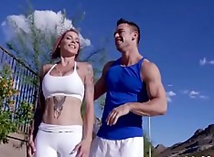 Track And Feel MILF Muff- Anna Bell Peaks