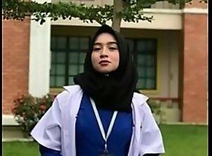 Dokter Cantik Yang Lagi Viral Corona, FULL: bit..