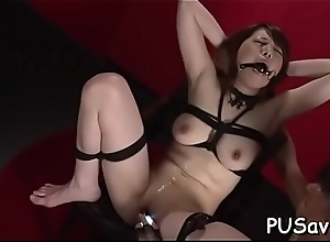 Naughty doxy forth shaved pussy stimulates their..