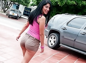 CULIONEROS - Big Hot goods Armenian Babe Mariana Sucks Together with Fucks On Nalgas Grandes!