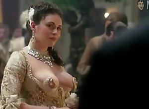 Kimberly Smart nipple dress scene from Outlander..