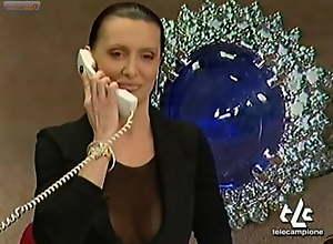 JOANNA GOLABEK OOPS TITS ON ITALIAN TV
