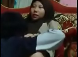 Jilbab SMK di emut memeknya geli sayang  Full..