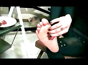 Foot &amp_ Table (Fetish Obsession - Simply..