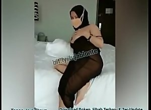 Bokep-indonesia-hijab Search porn and sex videos