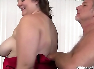 Big Beautiful Unfocused Slut gets her big fat ass some hard spanking