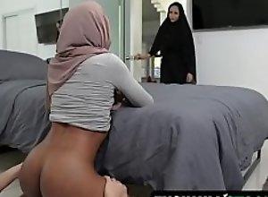 Pleasuring My Stepsister In Her Hijab - Milu..