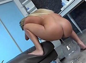 Victoria Pure Toys Her Piss Soaked Pussy