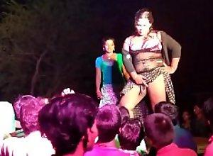 Naked Dance Hungama Damaka 02