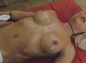 Deep sensual body massage turns to smoking hot..