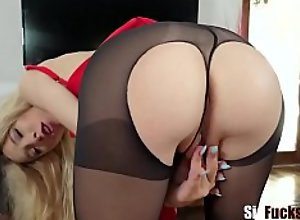 Blonde Teen Sister Spreads Her Pussy Lips For..