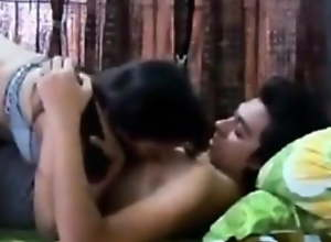 newly married saree aunty has sex with her lover