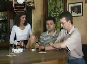 Kinky Fisting in a german pub