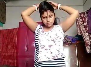 Bangla Boudi dress change