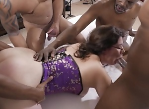White Slut Vicki Verona Gets Gangbanged By Black..