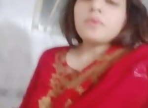 Pakistani girl, such a beautiful gf