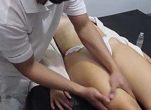 I fuck the masseur without a condom and he cums..