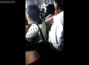 Big ass girl groped in Chennai crowded bus