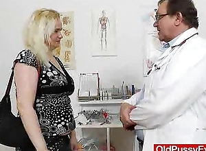Rub-down the gynecologist drops into thing here elena juicy crack