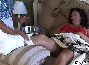 Margo sullivan - boob breaks her foot