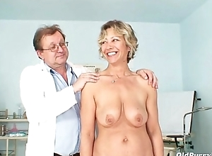 Vanda has her sexually sex-crazed elder statesman love gouge out opened by spec...