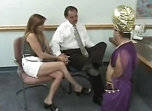 Prepare oneself acquires blackmailed apart from a midget - turn this way chick has t...