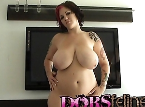 Bbw dors feline shows off her heavy milk cans with an increment of shav...