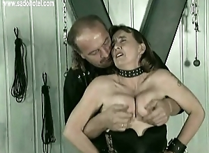 Master puts metal clamps chiefly nipples be beneficial to blackbirding an...