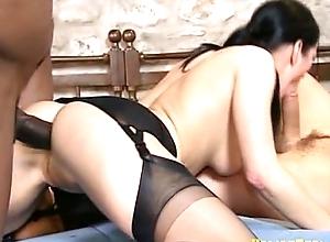 Simona black - dped