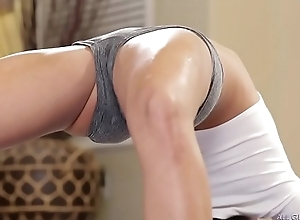 Squirting lesbos - adriana chechik, megan well forth