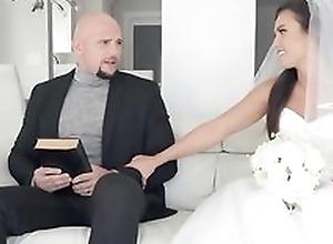 Shameless bride gets their way soaking messy..