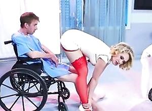 Smoking hot nurse demonstrates her excellent..