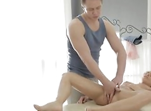 Massage man doing kneading to blonde girl and fuck her