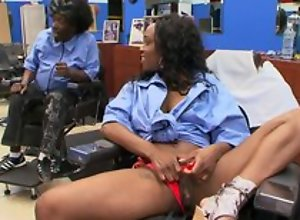 Ebony disgraceful customer at haircutters sitting-room does blowjob to man, riding his dig up and moaning from pleasure