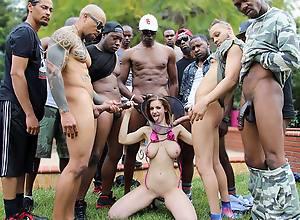 Dogfart pool parties...you gotta love 'em!..