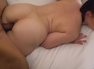 Lickerish PAWG with juicy melons goes wild on a..