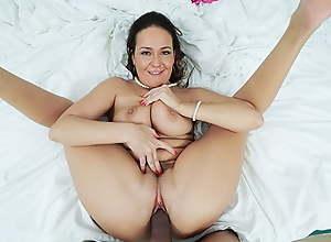 PervMom - Roasting Cougar Aunt Seduces Pretence..