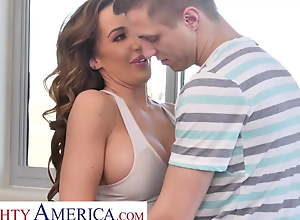Naughty America Richelle Ryan works up a sweat..