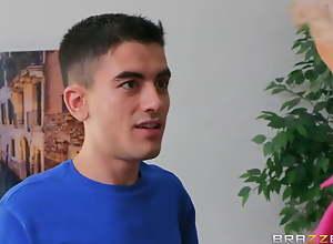 Jordi stepson sexual relations addict his mom..