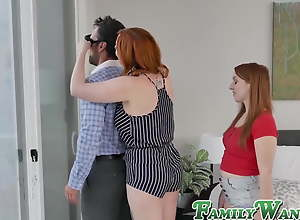 Ginger stepdaughter added to mom include stepdad..